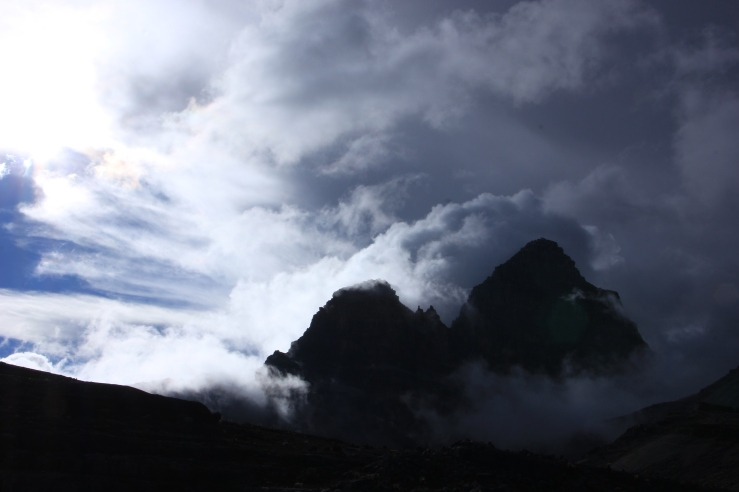 Leftist guerrillas and easy-to-lose trails are the least of your worries once you realise Mordor actually exists in El Cocuy National Park