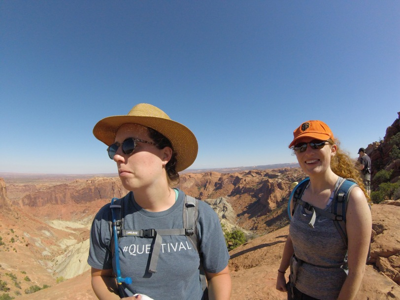 canyonlands-hailee-and-caitlyn