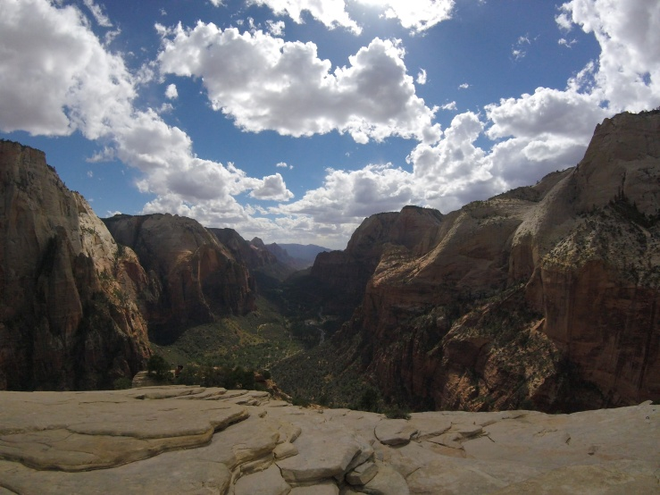 zion-national-park-angels-landing-view